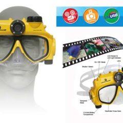 Maschera fotografica: fotocamera subacquea in una maschera da sub!